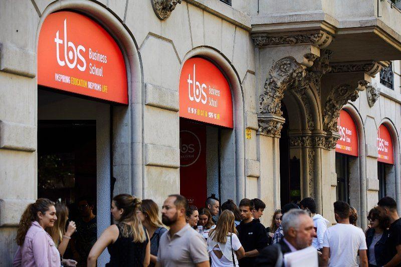 tbs barcelona social transition
